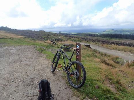 llan tops bike
